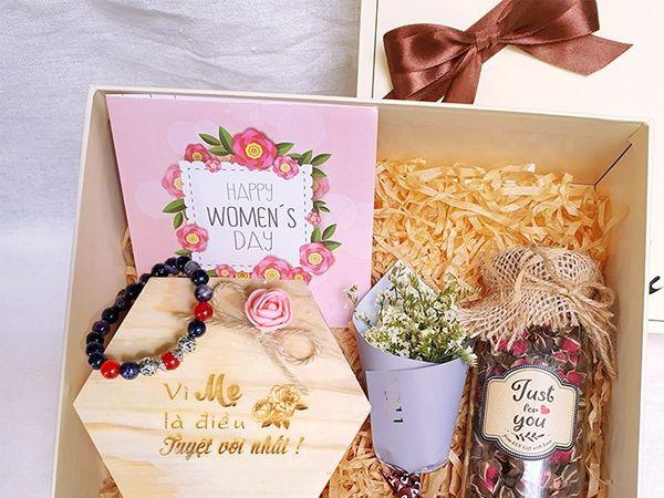 bán hàng online quà tặng